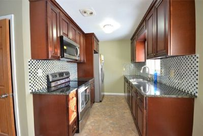 Affordable Stunning White Kitchen Cabinets from GEC Cabinet Depot