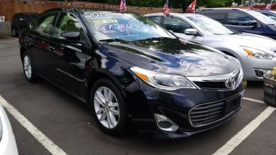 2013 Toyota Avalon XLE (Attitude Black Metallic)