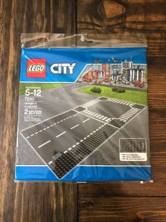 NEW sealed LEGO city 2-piece road plates. Great for cars, planes, etc!