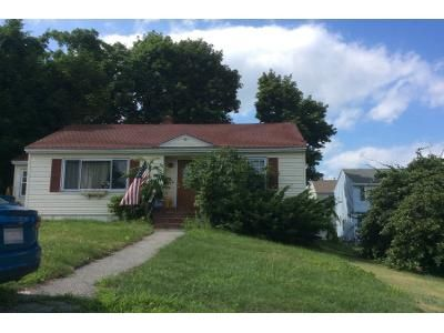2 Bed 1.0 Bath Preforeclosure Property in Lawrence, MA 01841 - Sumner Ave