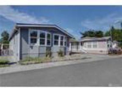 Bothell Real Estate Manufactured Home for Sale. $225,000 3bd/1.75 BA.