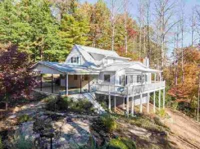 199 Hillcrest Circle Franklin Four BR, In town home has lots of