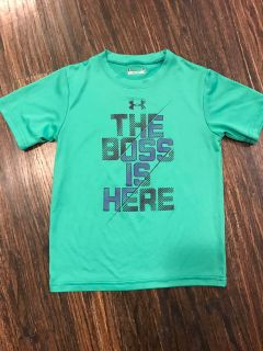 Under Armour Boys Shirt - Sz 5