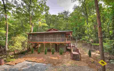 672 Pettit Rd Ellijay Two BR, Let nature surround you in this