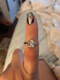 Women s White Sapphire Sterling Silver Size 9 Ring