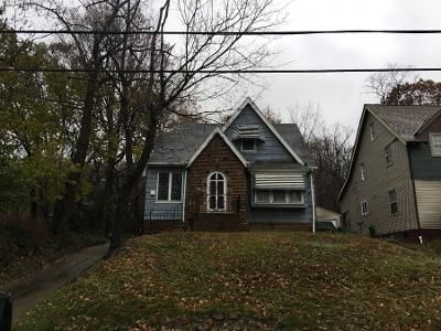3 Bed 1.0 Bath Preforeclosure Property in Euclid, OH 44117 - Genesee Rd