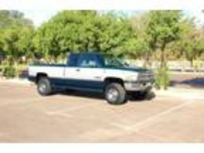 Dodge RAM2500 Long Bed