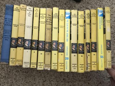 18 Nancy Drew Series Books