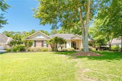 Stunning Home Near Downtown Fairhope!