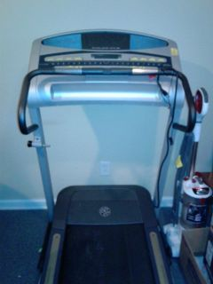Gold gym Treadmill
