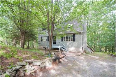 $159,900, 1824 Sq. ft., 144 Upper Lakeview Drive - Ph. 570-226-4518