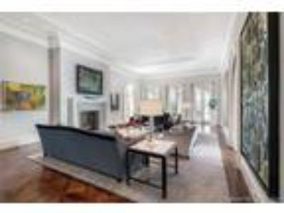 Home For Sale by Owner in Miami