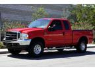 2002 Ford F-250 with bed cover