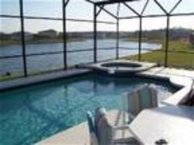 Lakeside Villa - luxury rental with pool - Villa