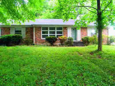 912 Beaumont Dr MADISON Three BR, Nice all brick home is located