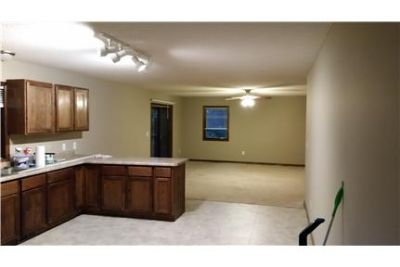 Spacious 3 bedroom in quiet neighborhood