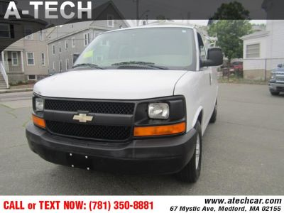 2009 Chevrolet Express 2500 2500 (Summit White)