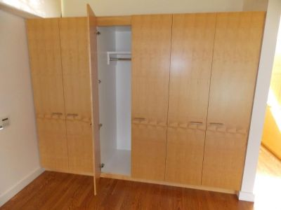 CUSTOM MAPLE CABINETS SOLID