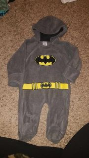 3 to 6 mos sleeper suit