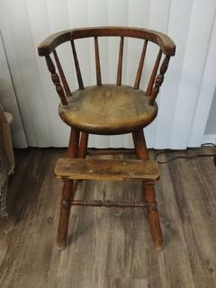 Old Fashioned Child's High Chair 35