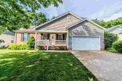 148 Shanks Mill Drive BOWLING GREEN, Excellent location!