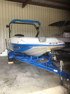 2018 Starcraft Star Step 221 E I/O Surf Deck Boats Lagrange, GA
