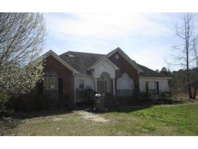 4 Bed 2.5 Bath Foreclosure Property in Hensley, AR 72065 - Firehouse Rd
