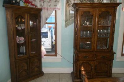 china hutch an table