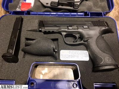 For Sale: S&W MP40 NEW