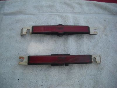 Purchase 87-93 CADILLAC ALLANTE REAR RED SIDE SIGNAL MARKER LIGHT PAIR LEFT AND RIGHT motorcycle in Carbondale, Pennsylvania, United States, for US $100.00