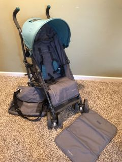 Baby Cargo 50 deluxe stroller with diaper bag/changing pad