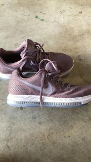 New Size 9 Women s Nike Running Shoes