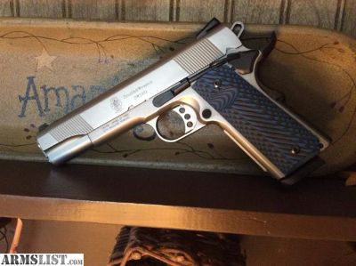 For Sale/Trade: S&W 1911 Stainless