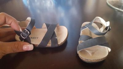 cute old Navy sandles size 3