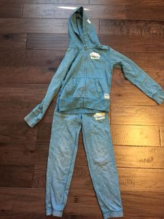 Girls roots sweat suit size 9