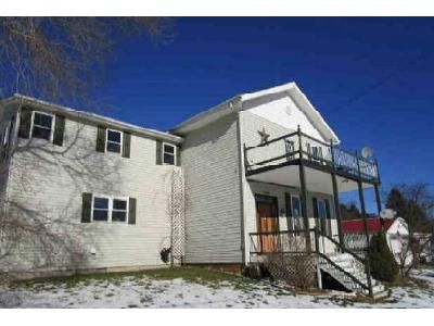 3 Bed 2 Bath Foreclosure Property in Sigel, PA 15860 - Route 949