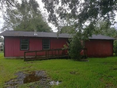 2 Bed 2 Bath Foreclosure Property in Beaumont, TX 77705 - Fairway Dr