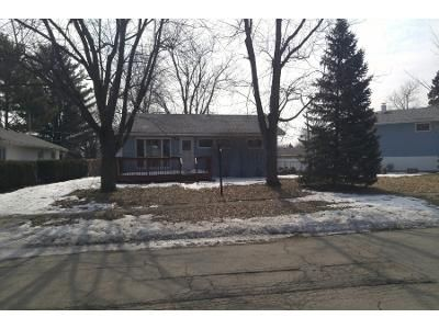 3 Bed 2 Bath Preforeclosure Property in Dekalb, IL 60115 - River Dr
