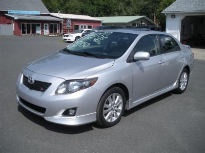 2010 Toyota Corolla Base (Gray)