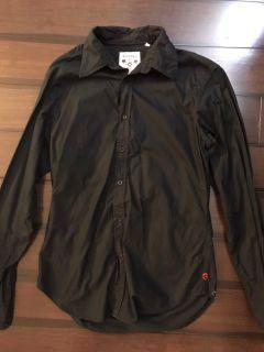 Guess Vintage dress shirt. Small. Black.