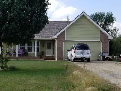 3 Bed 2.0 Bath Preforeclosure Property in Augusta, KS 67010 - SW Alexander Rd