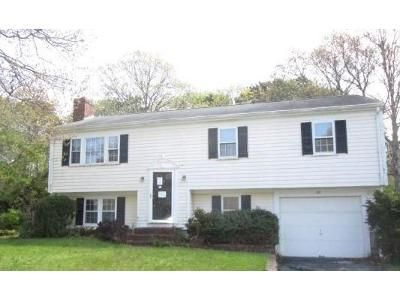 3 Bed 1 Bath Foreclosure Property in Hyannis, MA 02601 - Megan Rd