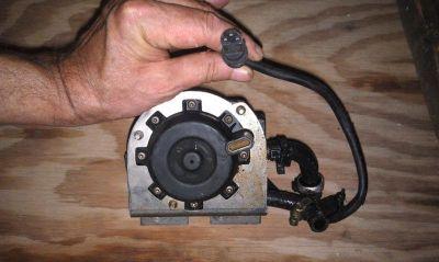 Buy Evinrude 150 Fuel/Gas Pump 3 Wire Connecter motorcycle in Breckenridge, Texas, US, for US $55.00