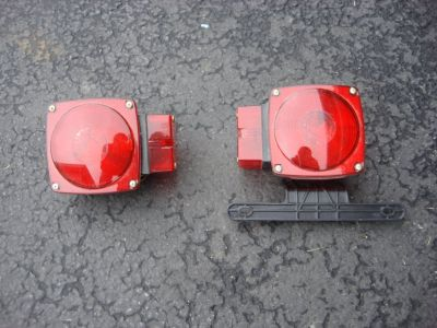 PAIR OF TRAILER LIGHTS