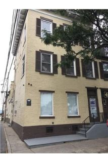 Newly renovated 2 bedroom on 3rd floor.