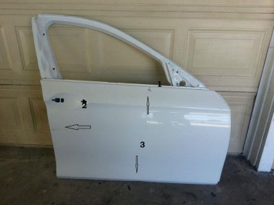 Sell 2012-2013 BMW 3 SERIES DOOR SHELL ORIGINAL motorcycle in Long Beach, California, US, for US $450.00