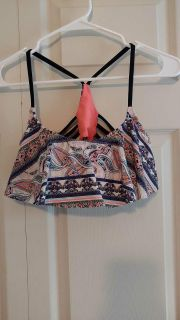 Swimsuit top size Small - Rue 21