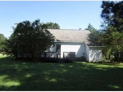 3 Bed 2 Bath Foreclosure Property in Wake Forest, NC 27587 - E Pine Ave