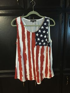New nylon and chiffon tank top style is slightly Foley back is chiffon with cute pleat see next pic