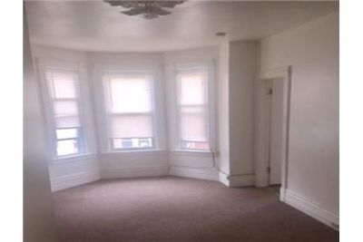 2 bedrooms Apartment - Beautiful and quite block. Will Consider!
